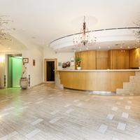 Classic Hotel Harmonie Interior Entrance