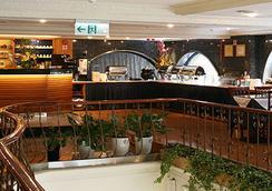 Silken Hotel - ไทเป - ร้านอาหาร