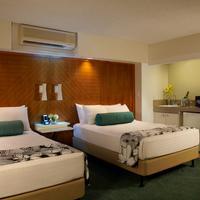 Aqua Oasis Suite