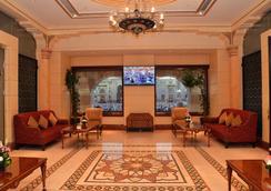 Dar Al Taqwa Hotel - ดีนะห์ - ล็อบบี้