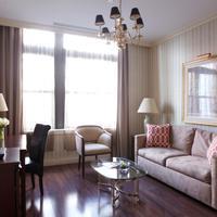 The Avalon Hotel Living Room
