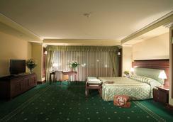 Grand Hotel Sofia - โซเฟีย - ห้องนอน