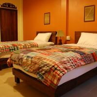 The Outside Inn Jasmine - Deluxe Room with Twin Beds