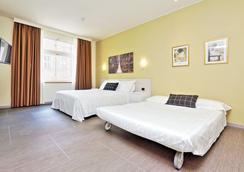 Duomo - Apartments Enjoy Palace - มิลาน - ห้องนอน