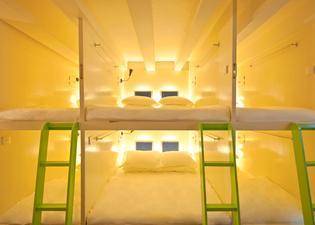 Box Capsule Hostel