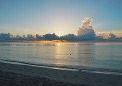 Miami Beach Resort & Spa - ไมอามีบีช - ชายหาด