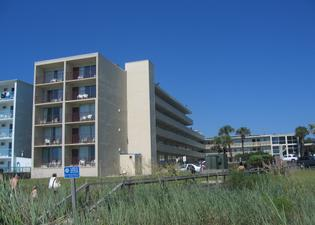 The Oceanfront Viking Motel