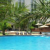 Hotel Pullman Lubumbashi Grand Karavia Pool View