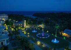 Lingganay Boracay Hotel Resort - มาเล - วิวภายนอก