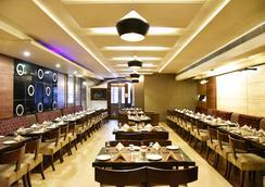 Hotel Shiraz Regency - อัมริตสา - ร้านอาหาร