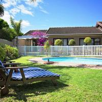 Bayside Guesthouse Pool