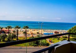 Kleopatra Beach Hotel - อลันยา - ชายหาด