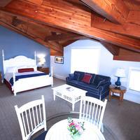 Boston Yacht Haven Guestroom