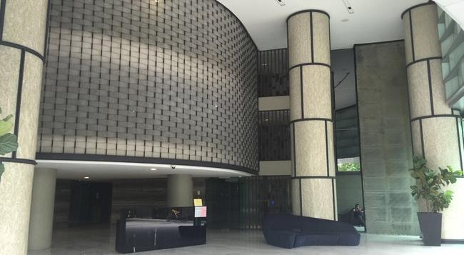 Sky Villa KLCC Kuala Lumpur - Kuala Lumpur - Building