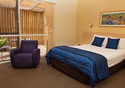 White Lace Motor Inn - แมกเคย์ - ห้องนอน