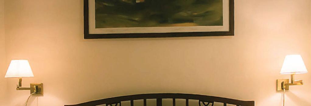 Krisna All Suite Stay - Lonavala - Bedroom