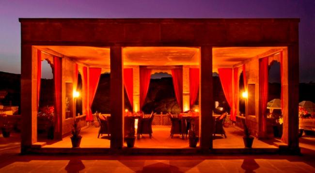 Bijolai Palace, A Treehouse Palace Hotel - Jodhpur - Restaurant