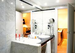 Hotel Rekord - บาร์เซโลน่า - ห้องน้ำ