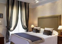 Lungomare Hotel - ริคชิโอเน - ห้องนอน