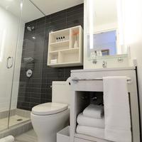 Edge Hotel Bathroom