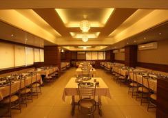 Hotel Classique - ราชโกฏิ - ร้านอาหาร