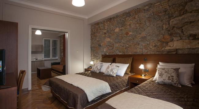 Ambrosia Suites & Aparts - Athens - Bedroom