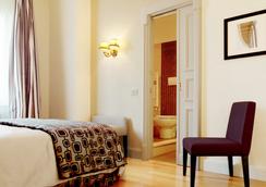 Hotel Cortina - โรม - ห้องนอน