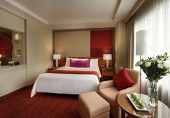 โรงแรมคอร์ทยาร์ด กรุงเทพ - กรุงเทพฯ - ห้องนอน