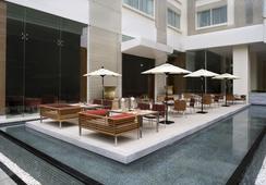 โรงแรมคอร์ทยาร์ด กรุงเทพ - กรุงเทพฯ - ร้านอาหาร