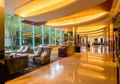 โรงแรมชาเทรียม ริเวอร์ไซด์ กรุงเทพฯ - กรุงเทพมหานคร - เลานจ์