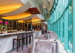 โรงแรมชาเทรียม ริเวอร์ไซด์ กรุงเทพฯ - กรุงเทพฯ - บาร์