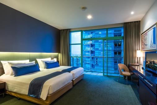 โรงแรมชาเทรียม ริเวอร์ไซด์ กรุงเทพฯ - กรุงเทพมหานคร - ห้องนอน