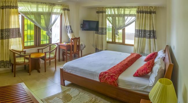 Abc Travellers Hotel - Dar Es Salaam - Bedroom