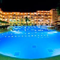 Hotel Bahía Tropical Outdoor Pool