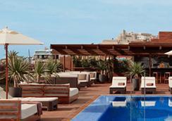 Ibiza Gran Hotel - อิบิซา - สระว่ายน้ำ