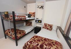 Manhattan Broadway Budget Hotel - นิวยอร์ก - ห้องนอน