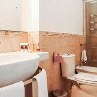 Etna Suite Rooms Bathroom