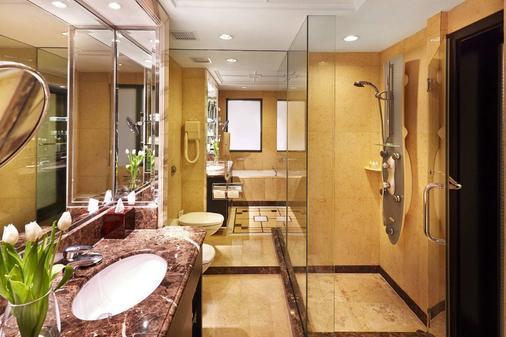 โรงแรมแมนดาริน ออร์ชาร์ด สิงคโปร์ - สิงคโปร์ - ห้องน้ำ