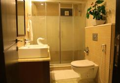 Raouche Hotel - อัมมาน - ห้องน้ำ