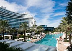 Luxury Suites International - ลาสเวกัส - สระว่ายน้ำ