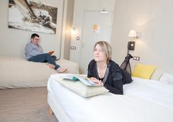 Hotel Les Alizes - ดินาร์ด - ห้องน้ำ