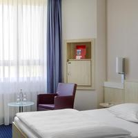 InterCityHotel Augsburg Guest Room