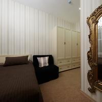 Avenue Hotel Guestroom