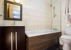 Hotel Lily - ลอนดอน - ห้องน้ำ