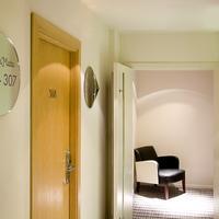 Room Mate Larios Lobby