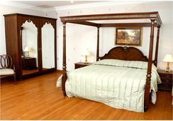 Hari Niwas Palace - ชัมมู - ห้องนอน