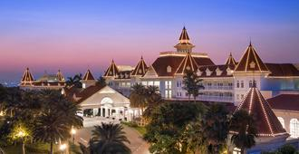 Hong Kong Disneyland Hotel - ฮ่องกง - อาคาร
