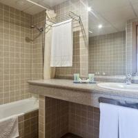 Best Alcazar Bathroom
