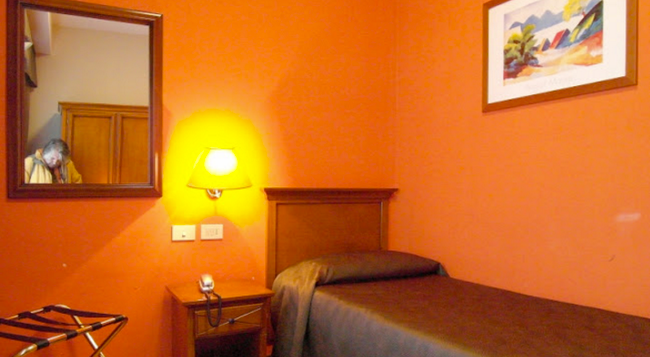 Villa Eur - Parco Dei Pini - Rome - Bedroom