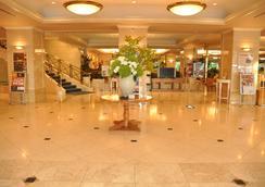Hotel Cadenza Hikarigaoka - โตเกียว - ล็อบบี้